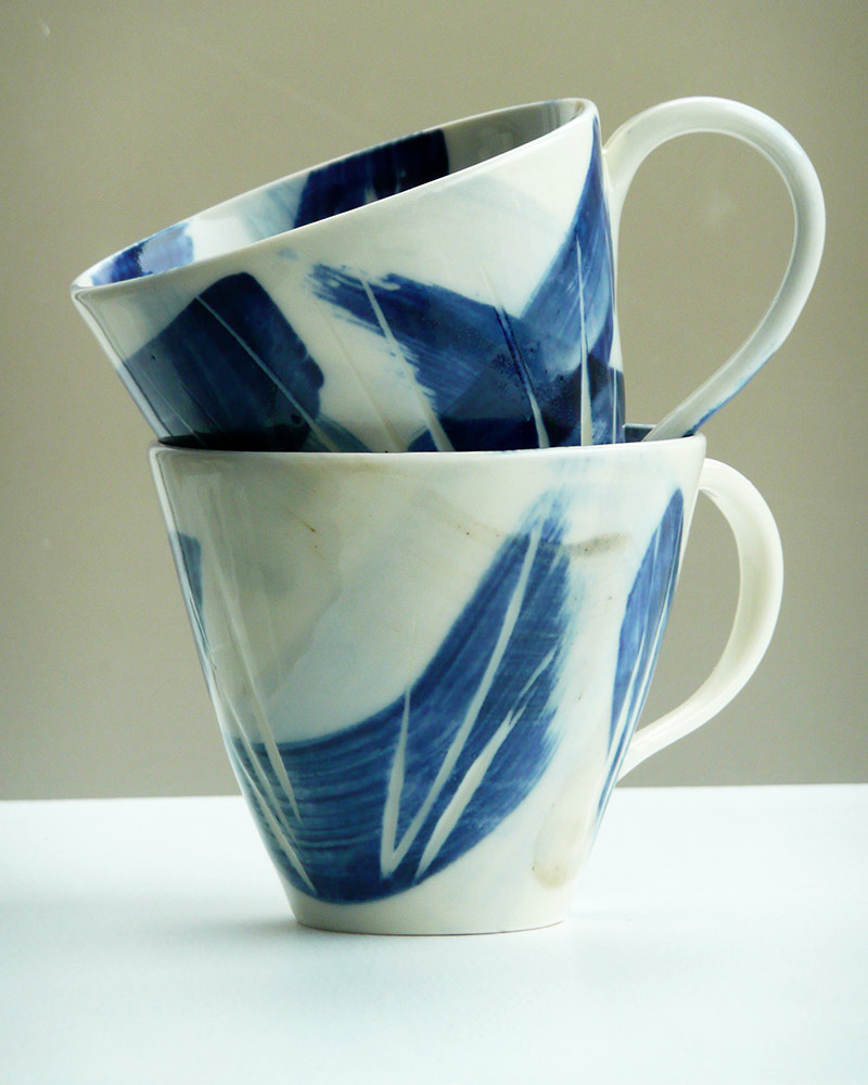 Mug_small_BlueandLBrown_Pair_1