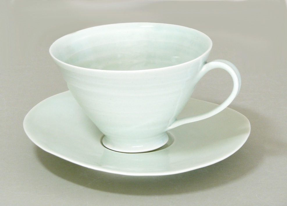 sc-tea-cup-and-saucer-1-green