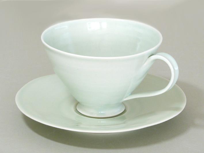sc-tea-cup-and-saucer1